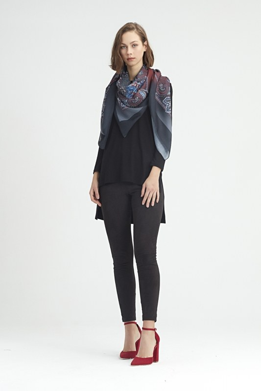 Scarf-Formed Shawl (Claret Red)