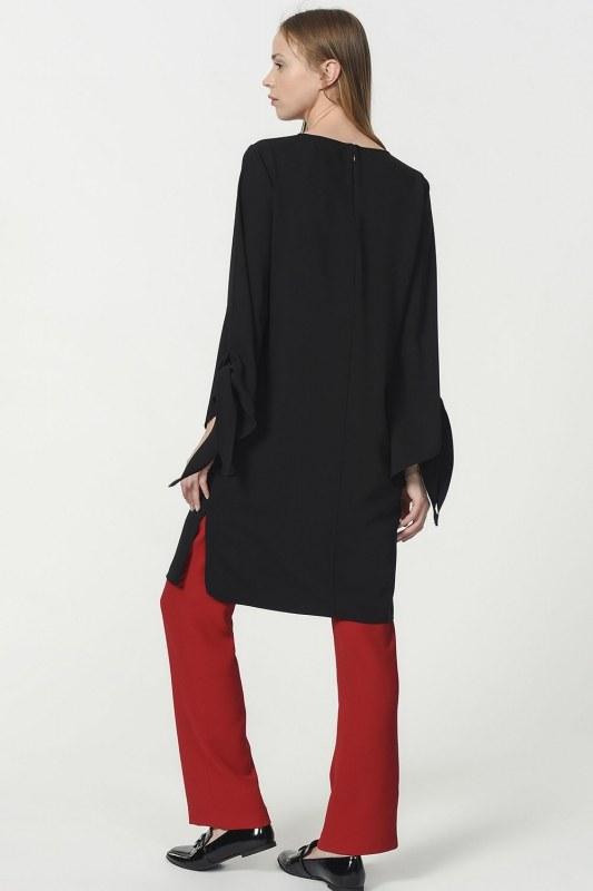 Slit Detailed Tunic (Black)