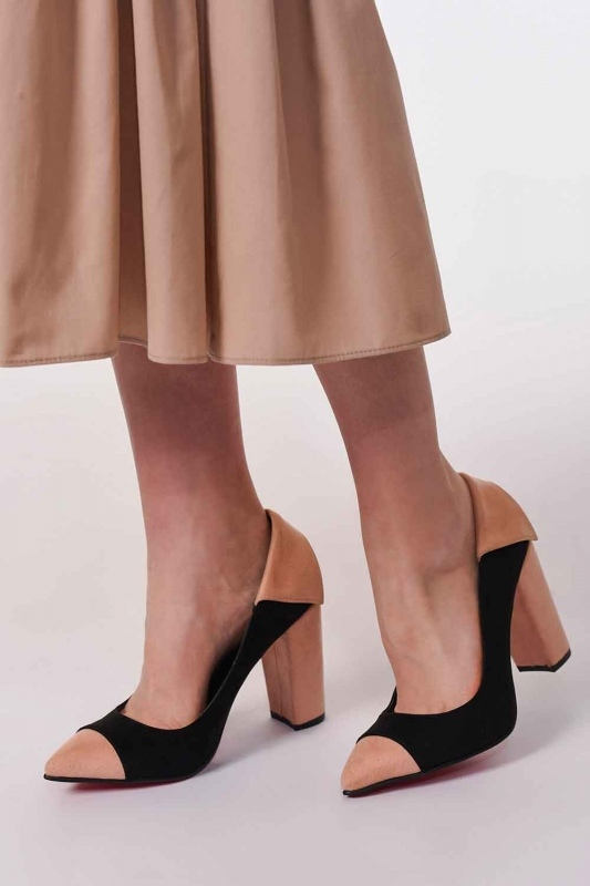 Suede Thick Heeled Shoes (Black/Powder)