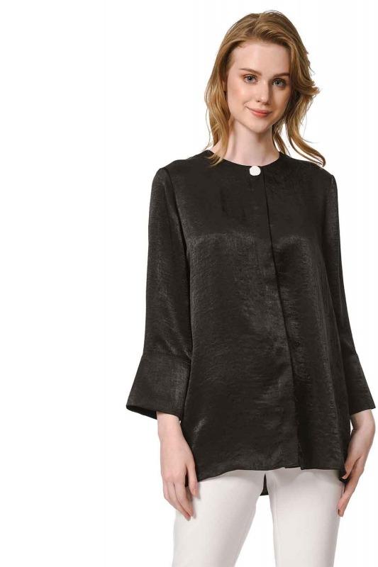Trim Buttoned Blouse (Black)