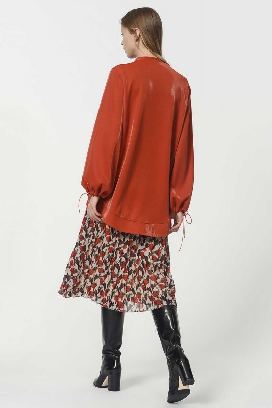 Sweatshirt With Lacing Detailed Sleeves (Claret Red)
