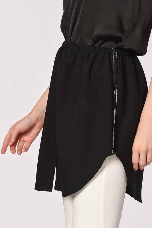 تنورة تكميلية (أسود)