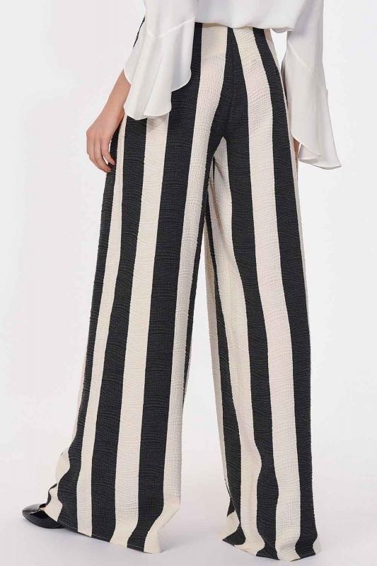 Striped Trousers (Black/White)
