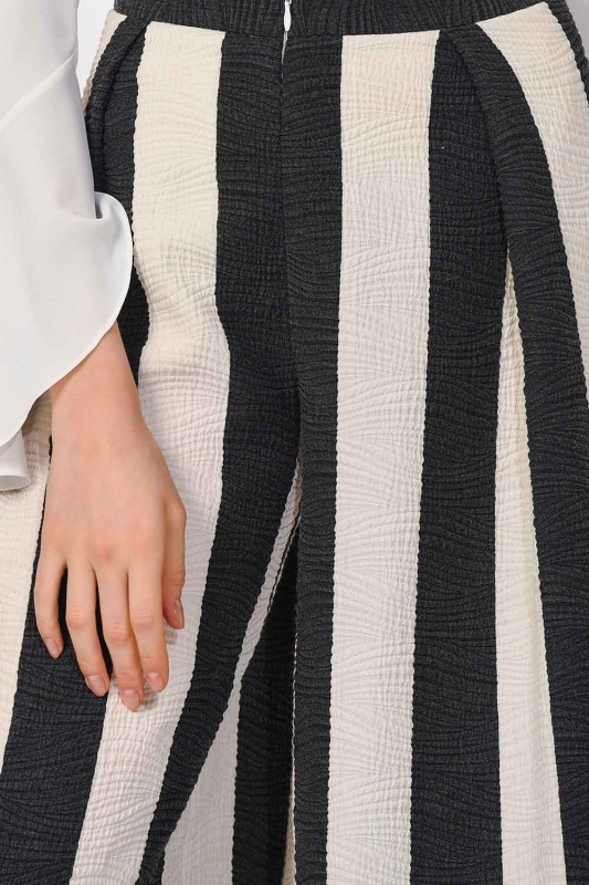 Tasarım Çizgili Pantolon (Siyah/Beyaz)