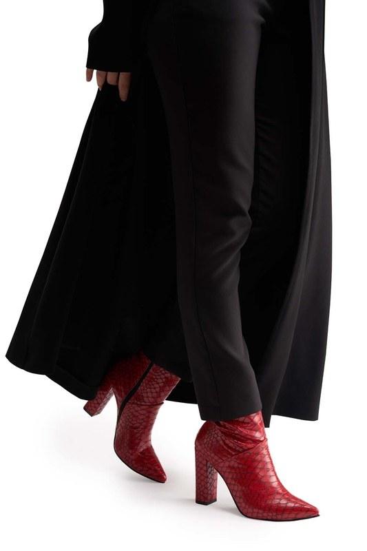 أحذية نمط التمساح (الأحمر)