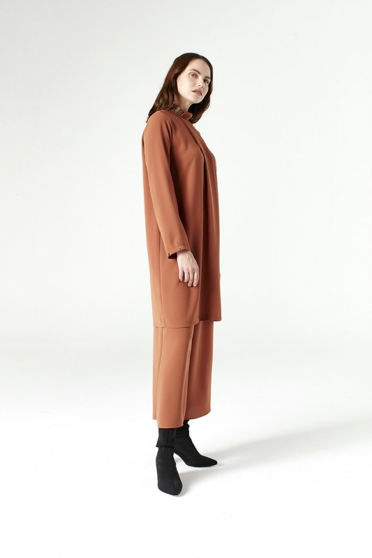 Tunic With Metallic Detailed Collar (Brick Color)