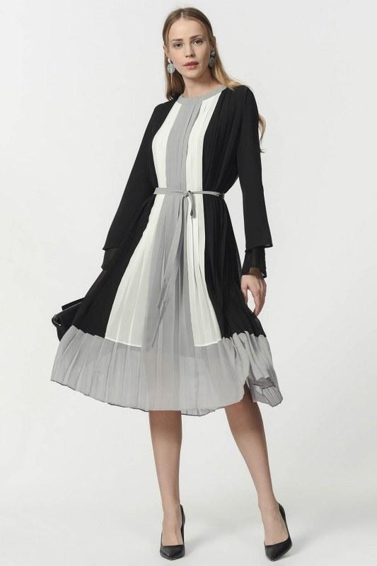 Üç Renkli Pliseli Elbise (Siyah)