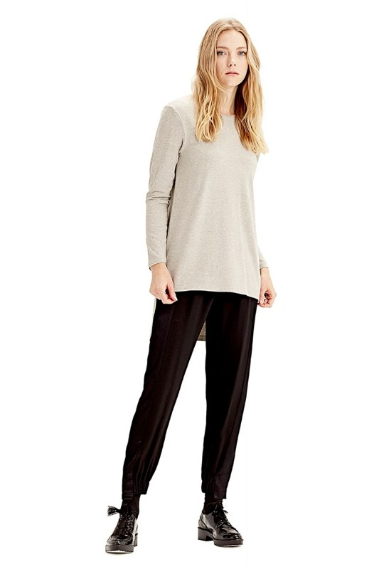 Long-Sleeved T-Shirt (Grey)
