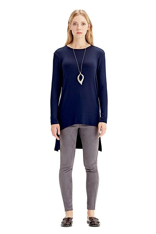 Long-Sleeved T-Shirt (Navy Blue)