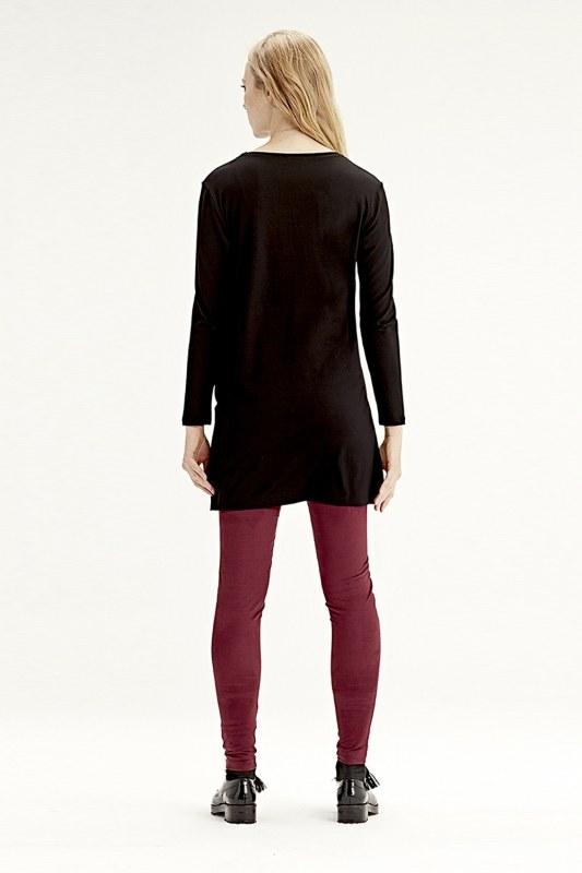 Long-Sleeved T-Shirt (Black)