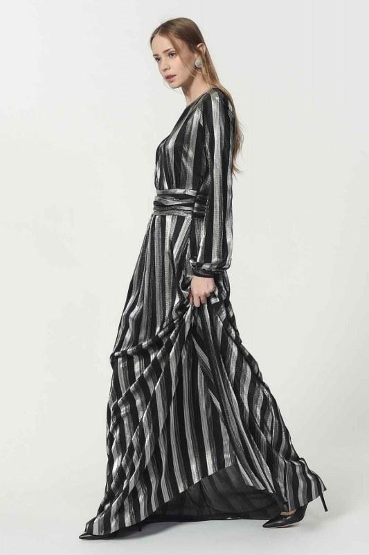 Varaklı Elbise (Siyah)