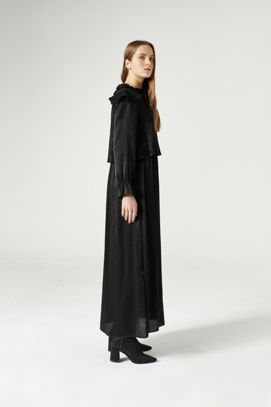 Volan Omuz Detaylı Elbise (Siyah)