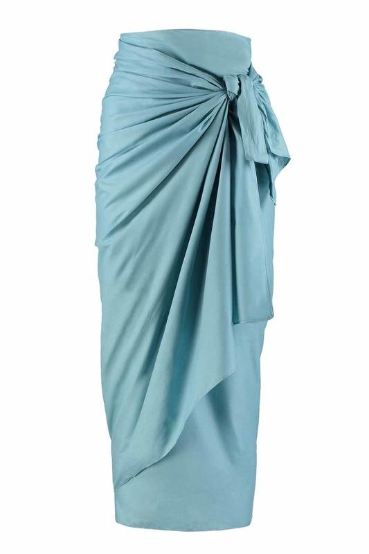 ملابس الشاطئ في الفوال اللون (الأزرق)
