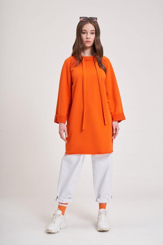Yaka Bağcıklı Sweatshirt (Turuncu)