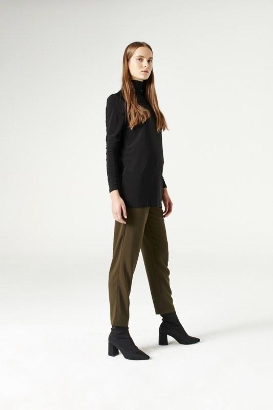 Shirring-Collar Blouse (Black)