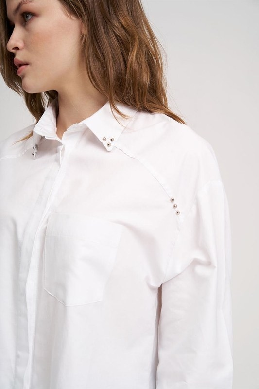 Neckline Detailed Tunic Shirt (White)