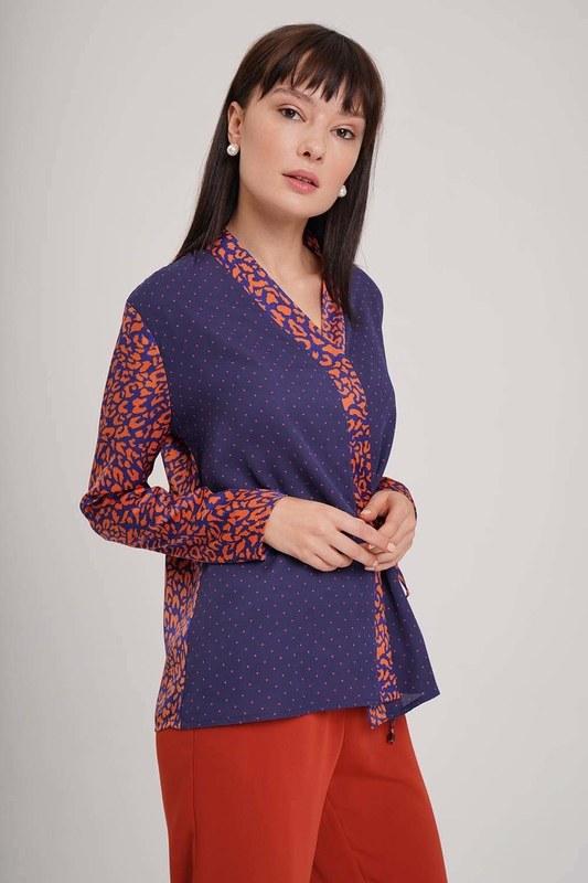 Yandan Bağlı Desenli Bluz (Lacivert)