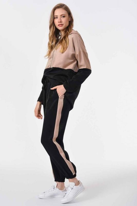 سروال لونين مع مخطط جانبي (أسود / بيج)