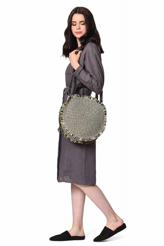 حقيبة يد القش المستديرة (أسود)