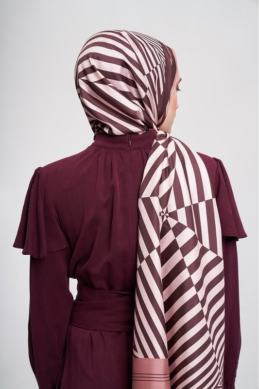 Zebra Patterned Shawl (Brown)